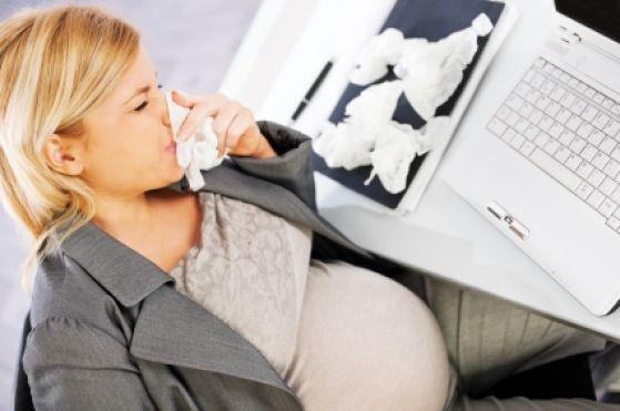 Vì sao bà bầu phải tiêm phòng cúm?