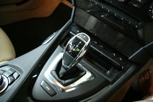 Những thói quen lái xe khiến xế yêu mau hỏng nhất