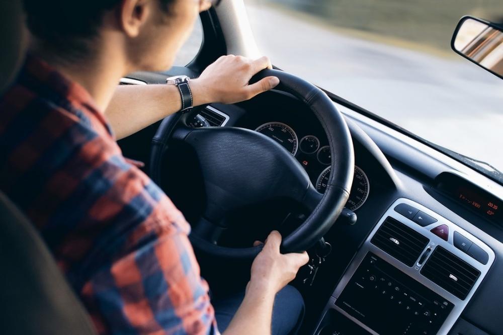 9 điều không nên làm với ô tô mới tậu