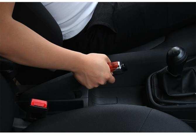 Thói quen xấu của người dùng khiến phanh ô tô nhanh hỏng