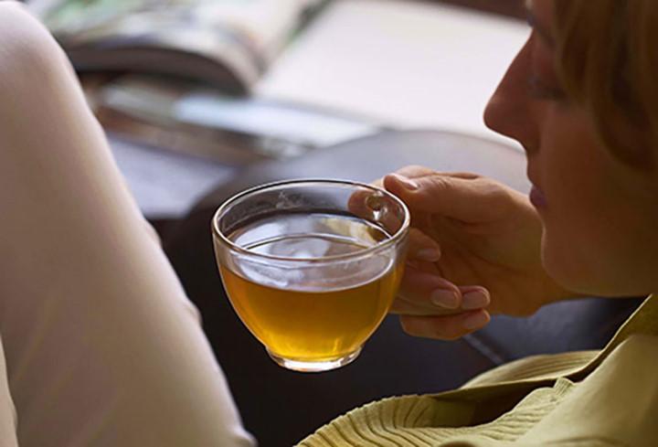 Để không mệt mỏi sau khi say rượu, hãy ăn những thực phẩm này