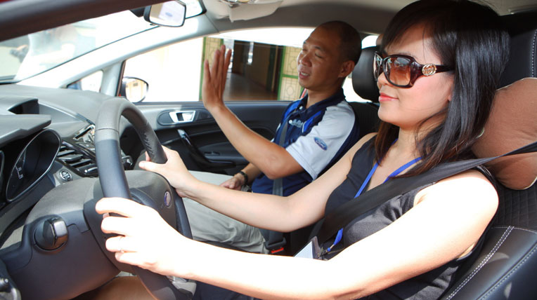 Đừng thờ ơ với việc thắt dây an toàn trên ô tô