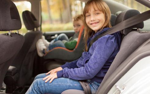 Những việc cần lưu ý để đảm bảo an toàn cho trẻ khi đi ô tô